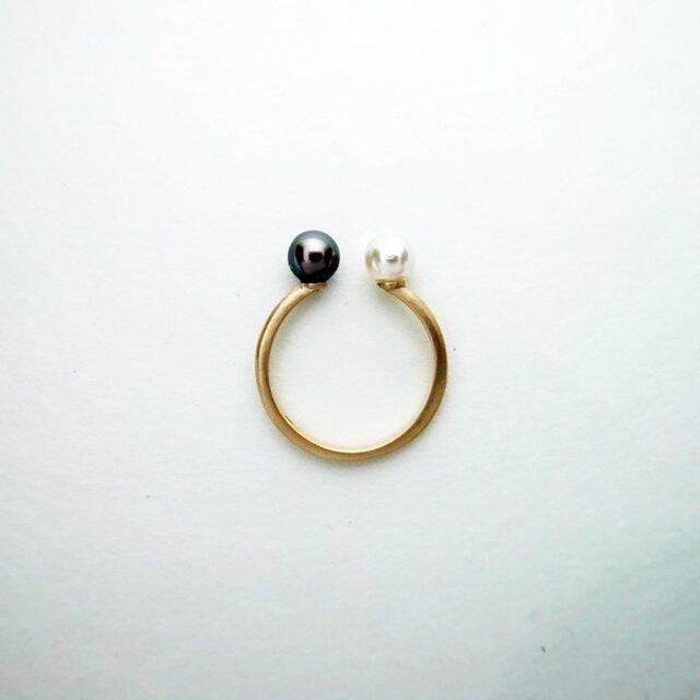 K10 白黒アコヤ真珠のリングの画像1枚目