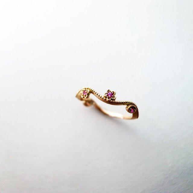 K10 ピンクサファイアのお花のリングの画像1枚目