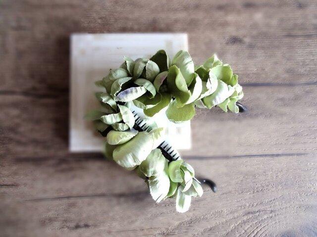 【受注生産】紫陽花のバナナクリップ■ふんわり優しく包み込むシルエット■グリーン×パープルの画像1枚目