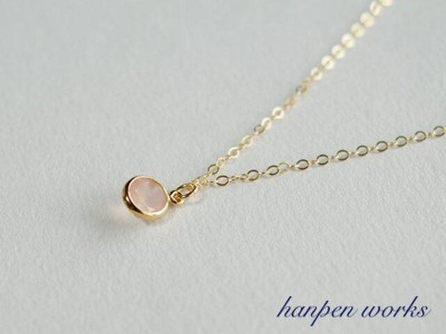14kgf 宝石質 ピンク カルセドニー ベゼル チャーム ネックレスの画像1枚目