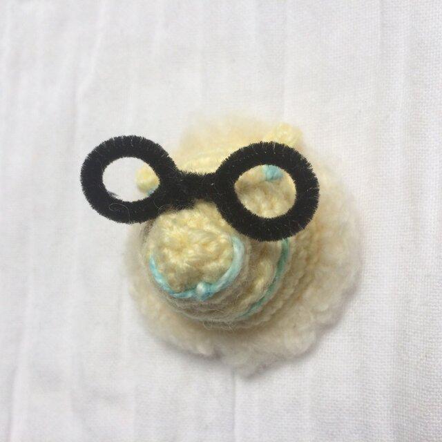 メガネをかけた動物チャーム(ヒツジ)の画像1枚目