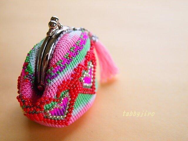 ビーズ編みがま口-エキゾチックハートの画像1枚目