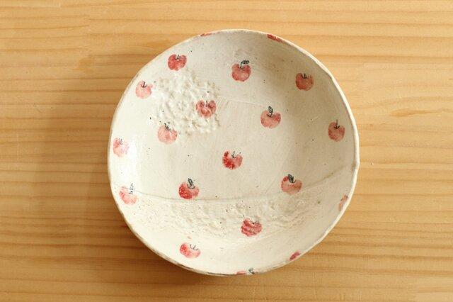 粉引きりんごいっぱいのケーキ皿。の画像1枚目