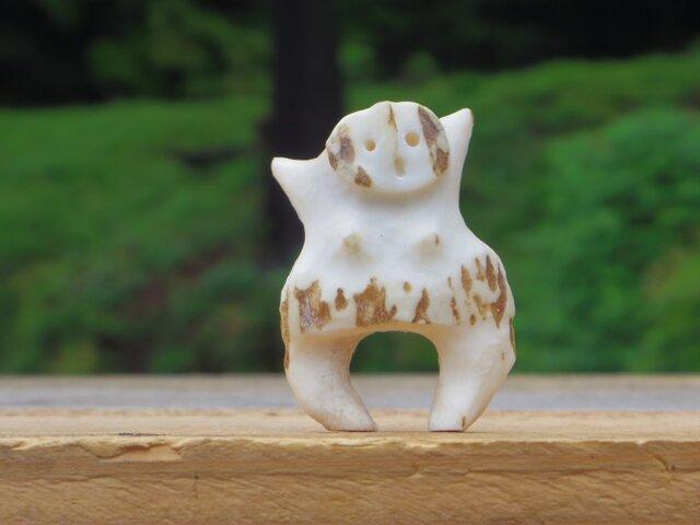 【角偶】N/鹿角から削り出した人形(ひとがた)/お守りの画像1枚目