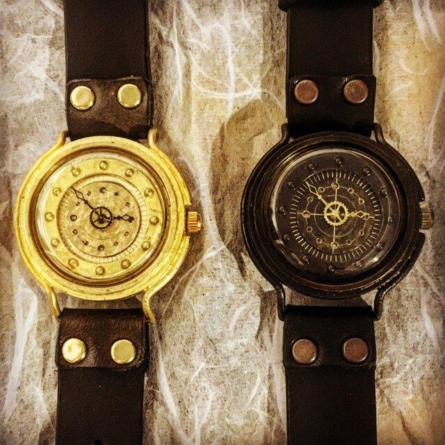 潜水艦の腕時計の画像1枚目