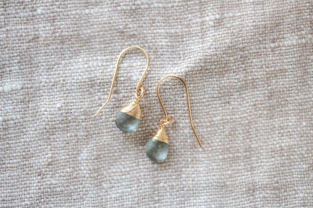 rainy large hook earringsの画像1枚目