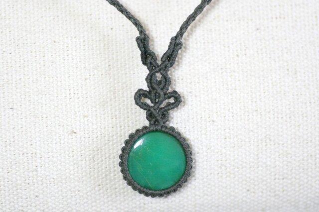 クリソプレーズのマクラメ編み 天然石ネックレスの画像1枚目