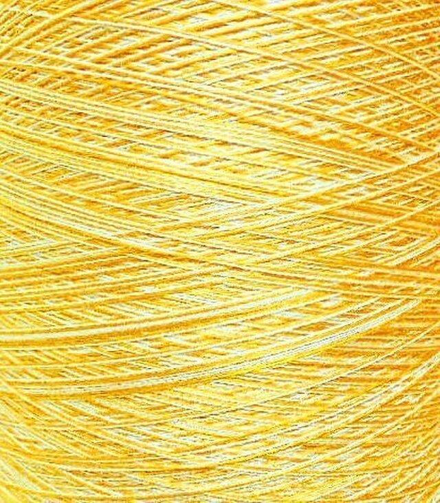 シルク糸 ホワイト・イエロー系 120 gの画像1枚目