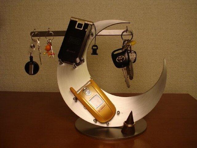 キースタンド 三日月携帯、キーホルダー、リング飾り台スタンドの画像1枚目