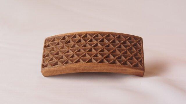 #4 チップカービングバレッタ 【木工彫刻】(同じ柄のものが出品されました!!)の画像1枚目