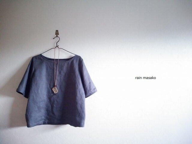 スチールグレーリネンの布帛Tシャツ*胸ポッケの画像1枚目