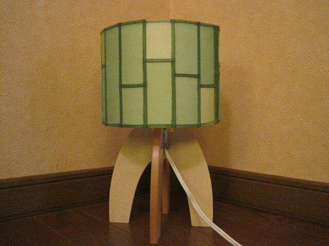 ポジャギシェードのテーブルランプの画像1枚目
