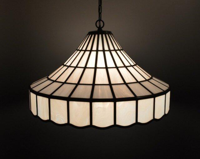 白いガラスのランプシェードの画像1枚目