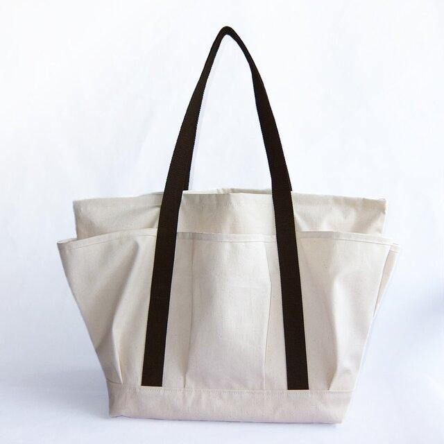 受注生産・立体ポケットの付いたキャンバストートバッグの画像1枚目
