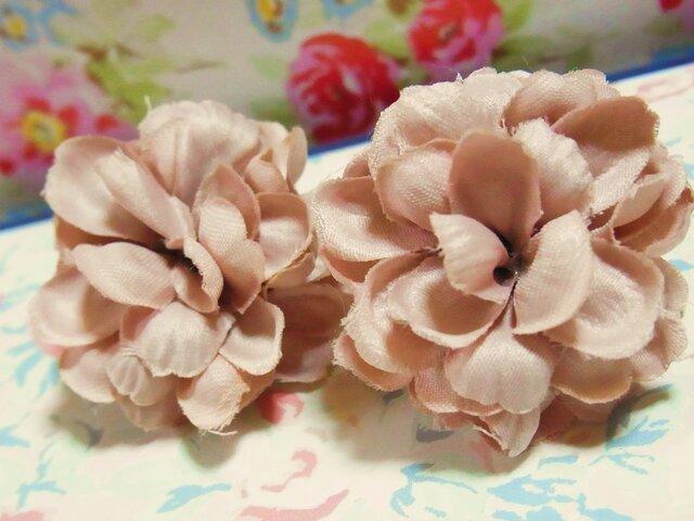 Antique Flower ピアス(ダリア)の画像1枚目