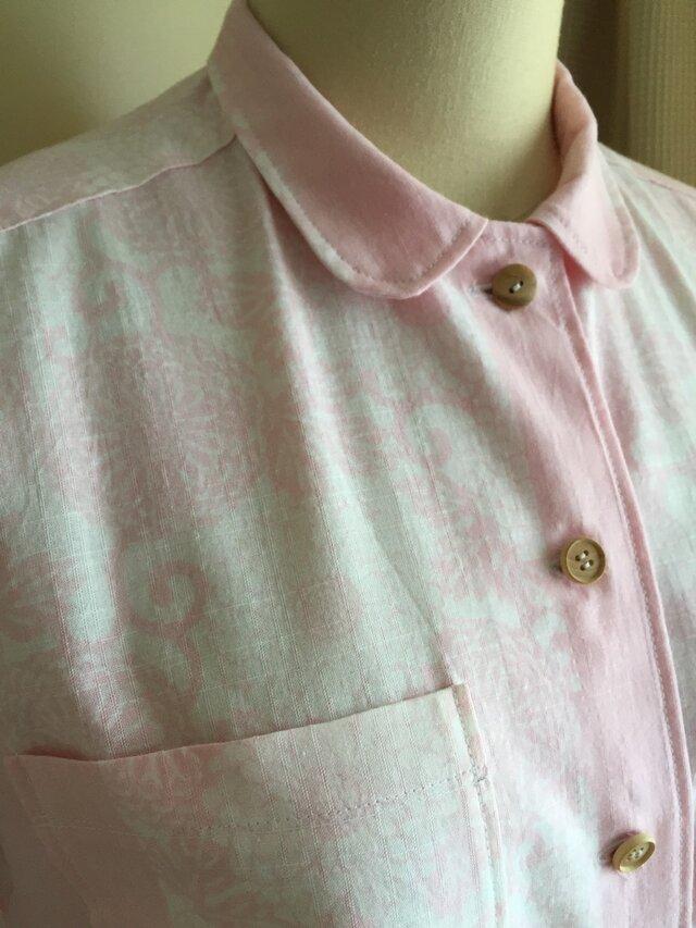 浴衣の丸襟シャツ  淡いピンク  お花の画像1枚目