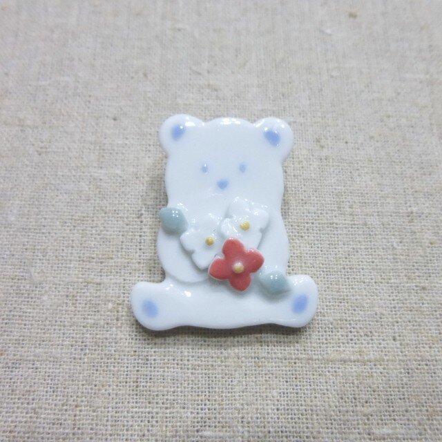 小花くまブローチの画像1枚目
