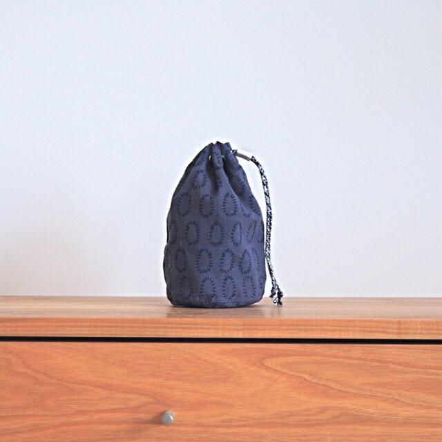 ハーフリネンの丸底巾着(M)/ブルー(0の点滅柄)の画像1枚目