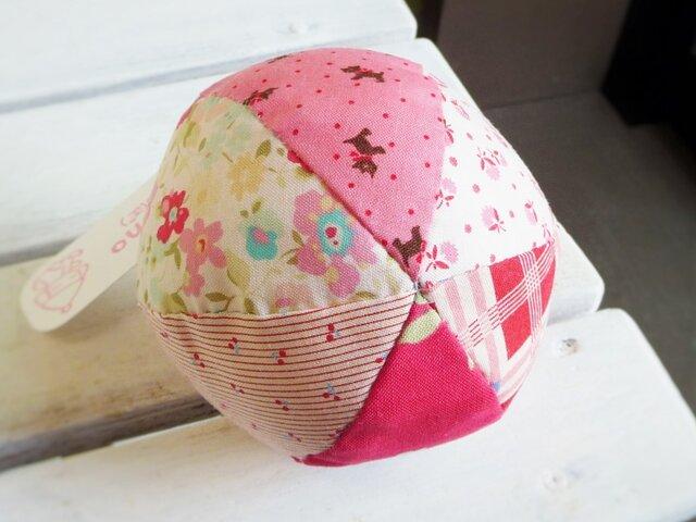 鈴の音になごむ 布ボール(ピンク)の画像1枚目