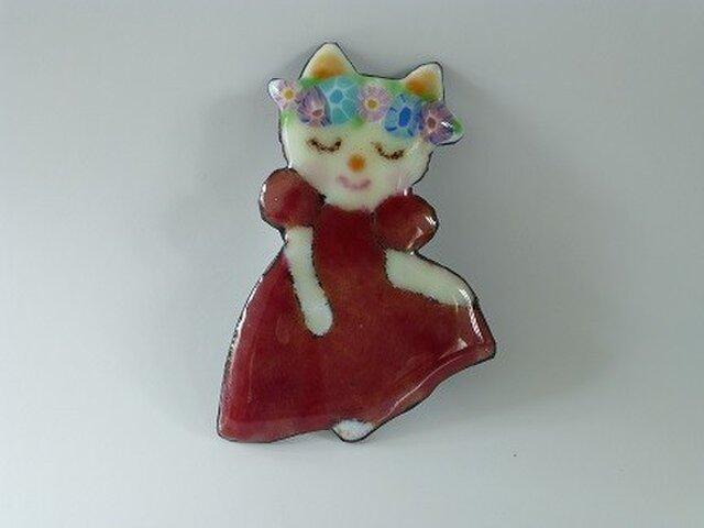 七宝ブローチ 白猫嬢ドレスでご挨拶の画像1枚目