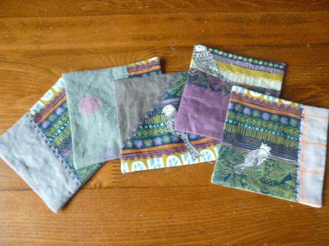 2北欧調綿麻のミシン刺繍パッチコースターセットの画像1枚目
