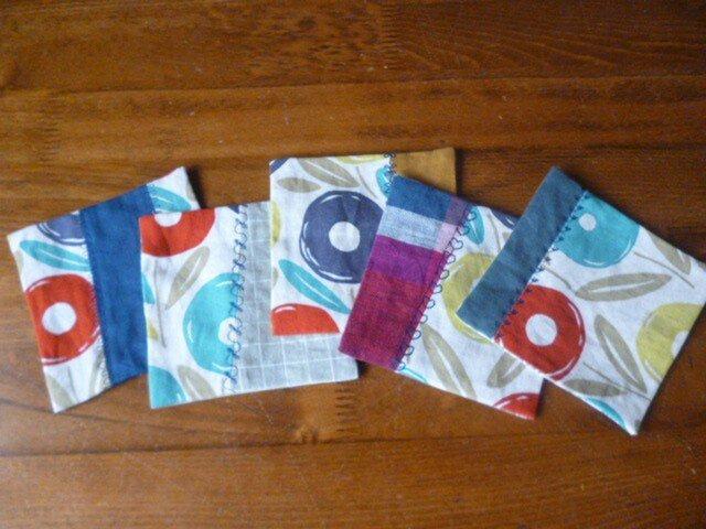 3北欧調綿麻のミシン刺繍パッチコースターセットの画像1枚目