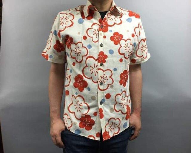 半袖和柄シャツ(梅模様)の画像1枚目