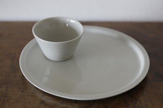 8寸リム皿の画像1枚目