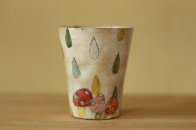 粉引カラフルドロップときのこのフリーカップ。の画像1枚目
