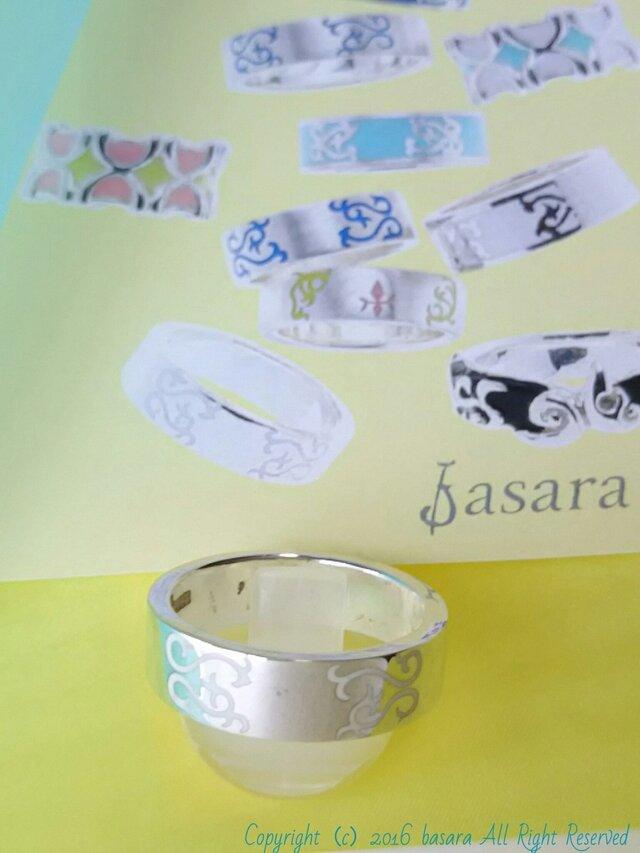 *arabesco*silver esmalte リングB2 blanco brilloの画像1枚目