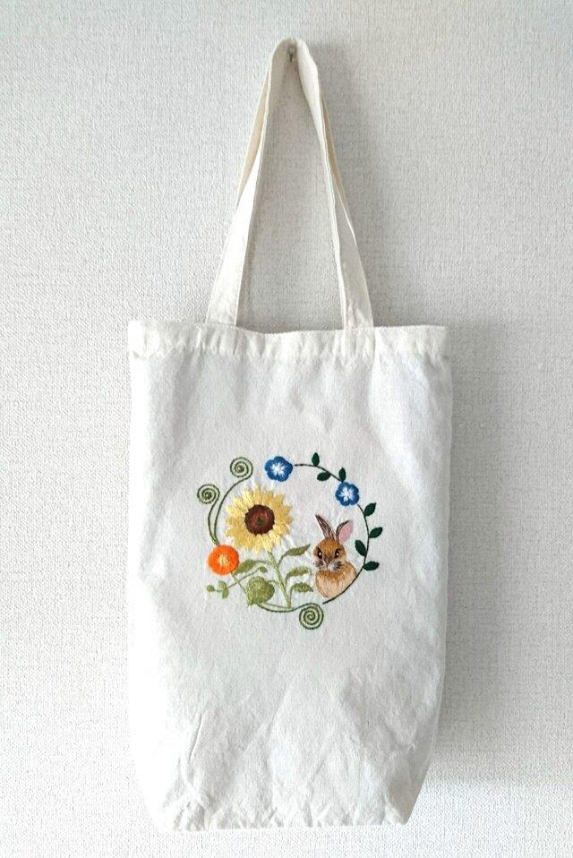 夏のうさぎ*刺繍トートバッグの画像1枚目