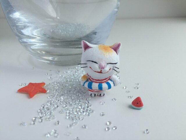 浮き輪猫さん(チャトラ)(ヒトデ付き)の画像1枚目