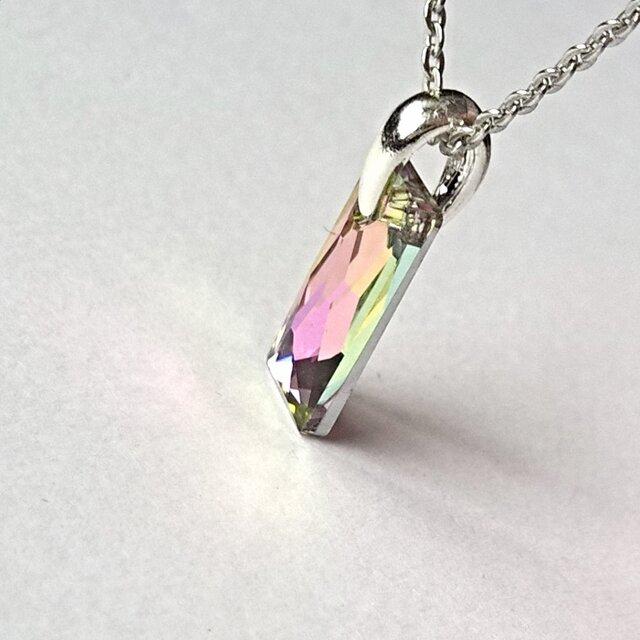 【スワロフスキー queen baguette(13.5mm)の ネックレス】稀少Crystal Vitrail Lightの画像1枚目