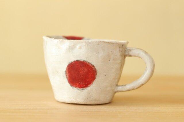 粉引き手びねりうめぼしのデミタスカップ。の画像1枚目