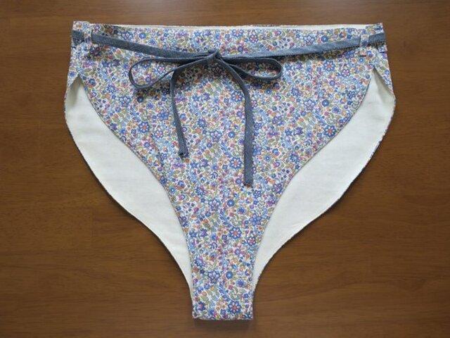 女神の和ぱんつ(ふんどしパンツ/深履き)淡いブルー×デニムの紐の画像1枚目