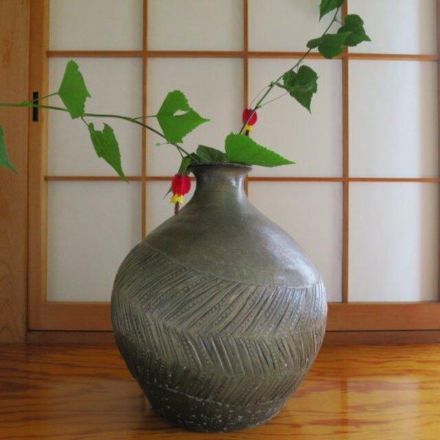 【送料無料】花器 型押し模様 窯変花生け 陶芸家オリジナル陶器(61)の画像1枚目