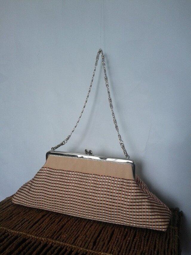 サーモンピンク・交織織り半幅帯・横長がま口バッグの画像1枚目