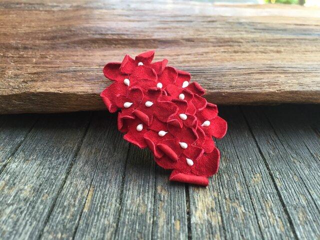 革花のスリーピン(花芯つき)  タマゴサイズ  赤の画像1枚目