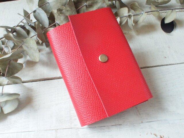 本革 しっかり赤色のカードケース 直線切り口 の画像1枚目