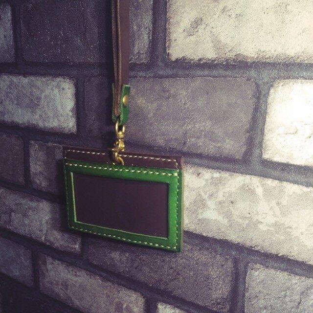 レザーIDケース エルバマット 金具シルバーに変更の画像1枚目