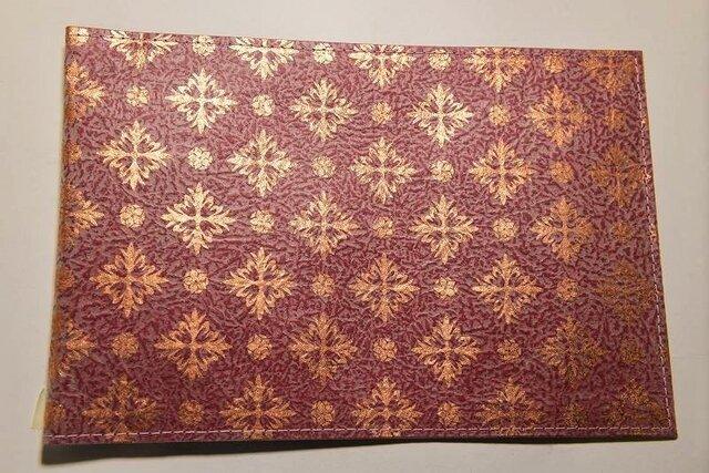 ギルディング和紙ブックカバー 洋花赤地銅箔の画像1枚目