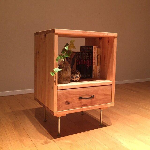 桧×楢(オーク) 使い勝手のよいサイドテーブルの画像1枚目