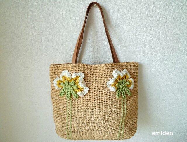 ふんわりお花のナチュラルかごバッグの画像1枚目