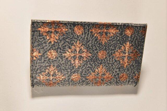 ギルディング和紙カードケース 西洋花紺地銅箔の画像1枚目