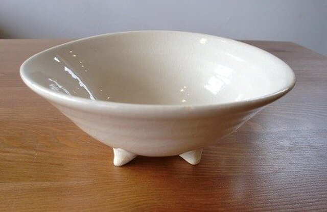 足付き鉢の画像1枚目