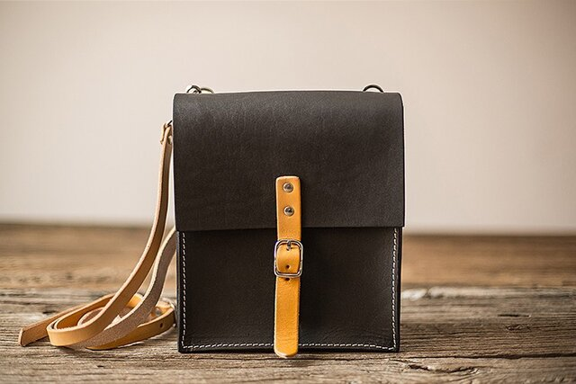 7f25acd8132c 本革手作りの女性のバックパック(MD009003) | 泉 | ハンドメイド通販 ...