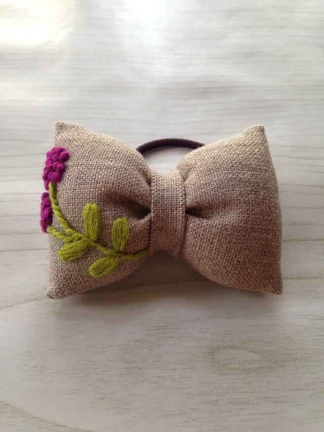 リボンのヘアゴム☆刺繍☆flower purpleの画像1枚目