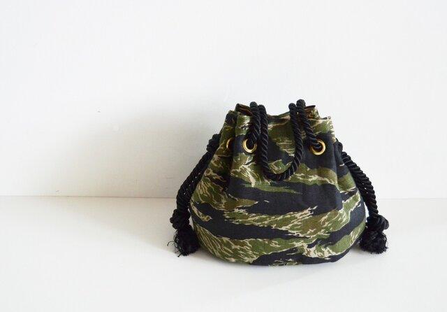 カモフラージュ マリンバッグ カーキの画像1枚目
