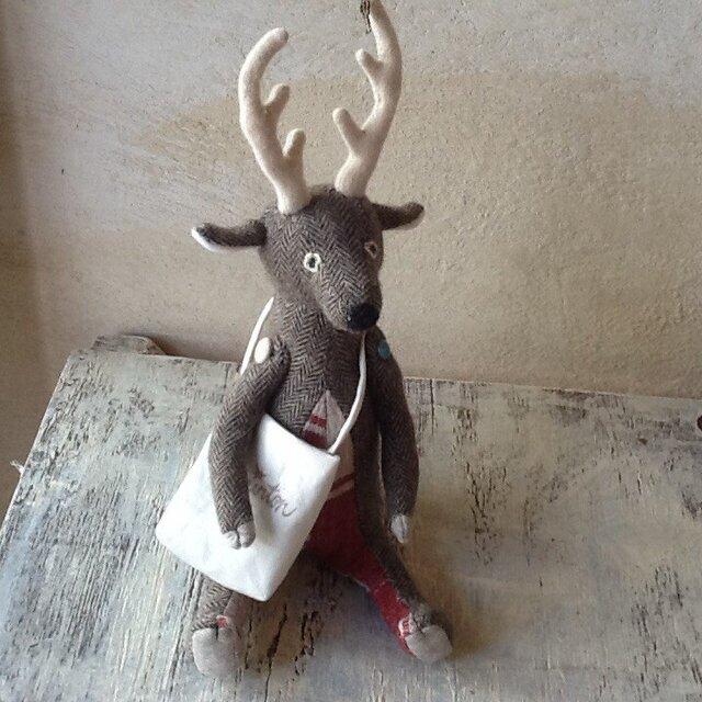 ヘリンボーンの鹿の画像1枚目