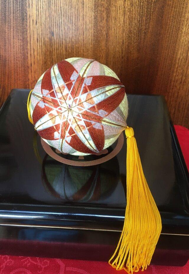 手作り手鞠① 赤・黄色・金 9cmの画像1枚目